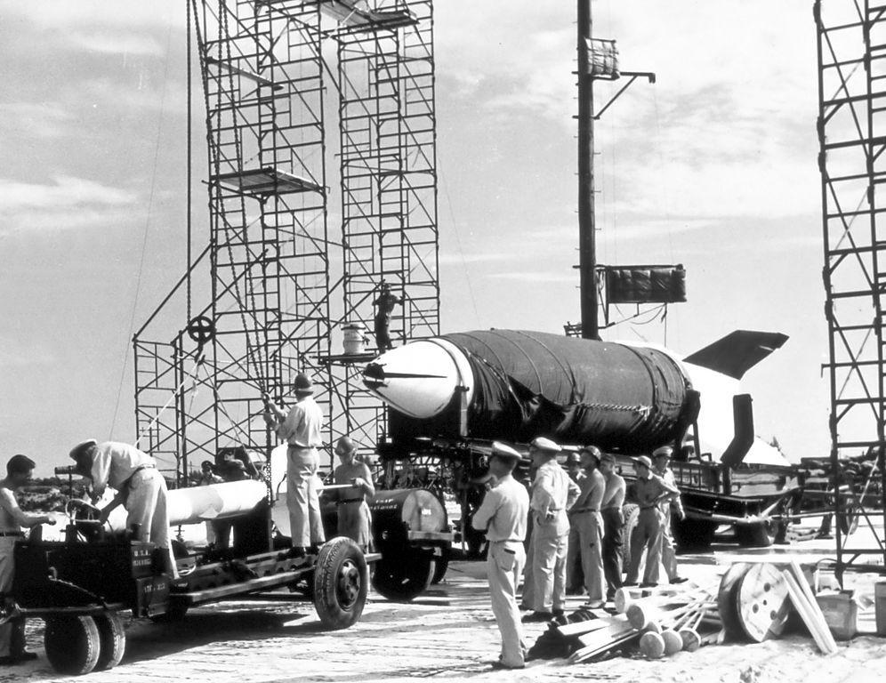 Jedna z rakiet V-2 przechwyconych przez Amerykanów - Lipiec 1950 roku - Źródło: NOAA