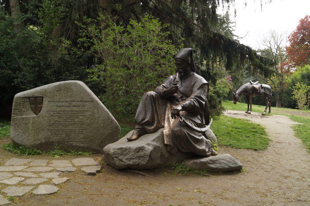 Pomnik odpoczywającego Kozaka w Türkenschanzpark
