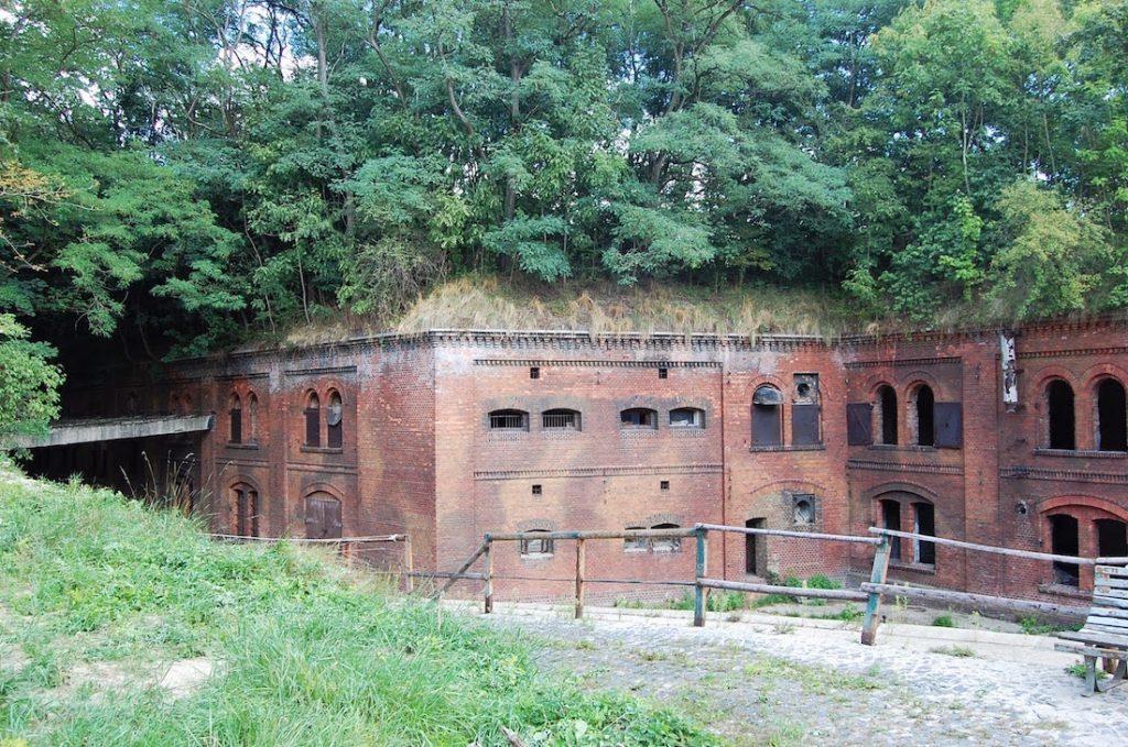 Fort III na terenie Nowego Zoo - Foto: Grzegorz Posała