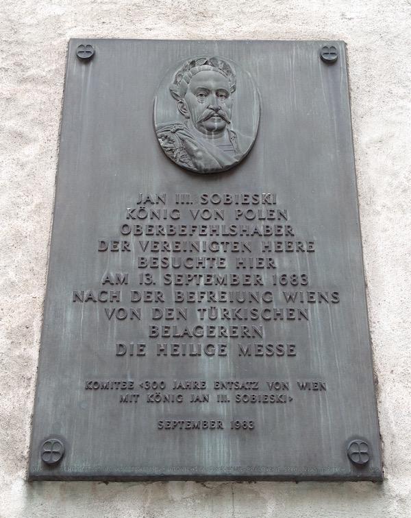 Tablica pamiątkowa na ścianie kościoła św. Augustyna w Wiedniu