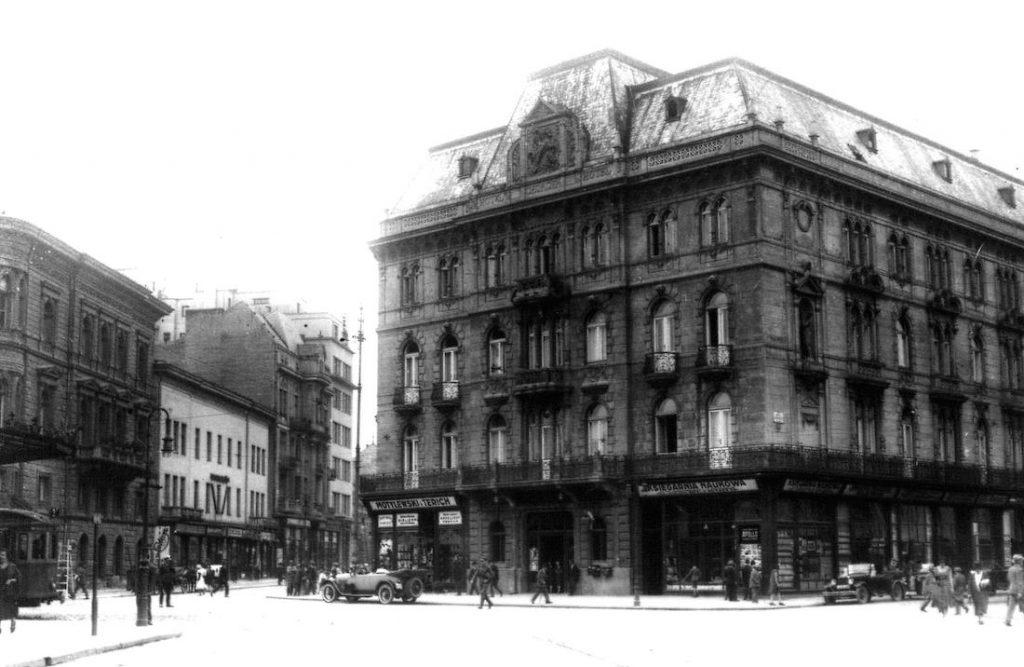 Plac Mariacki - Hotel George