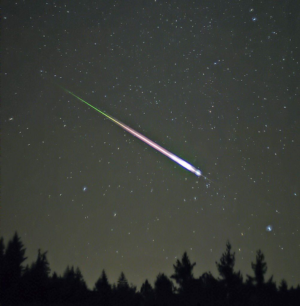 Zdjęcie meteoru z dnia 17 listopada 2009 roku - Źródło: commons.wikimedia.org Foto: Navicore
