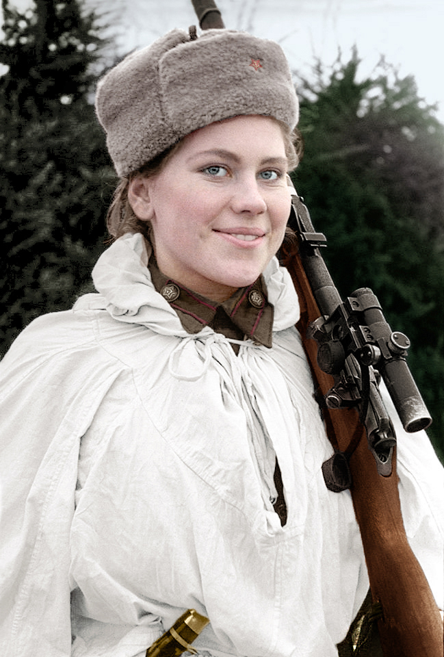 Rosjanka Róża Szanina, kolejna sławna radziecka snajperka, nie doczekała końca wojny, poległa w styczniu 1945 roku w trakcie walk w Prusach Wschodnich
