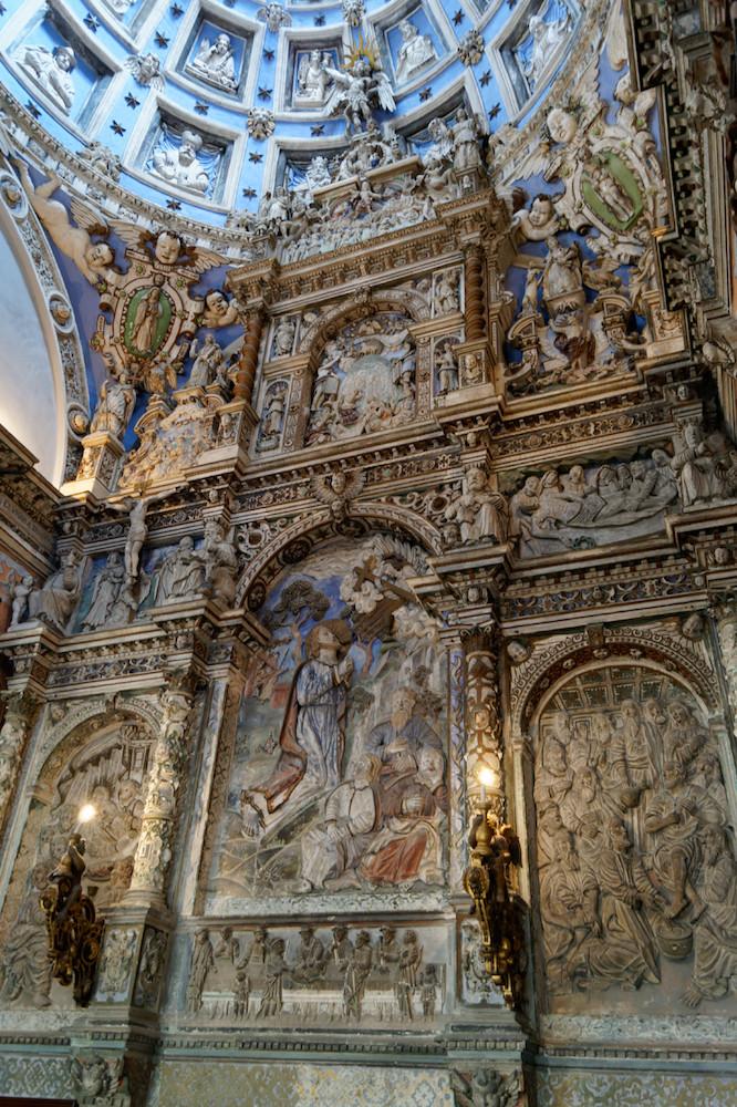 Zachwycające wnętrze Kaplica Boimów...