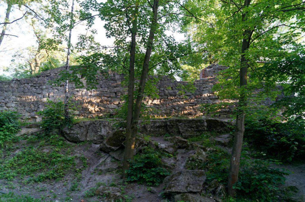 Wysoki Zamek we Lwowie - Pozostałości warowni założonej przez króla Kazimierza Wielkiego