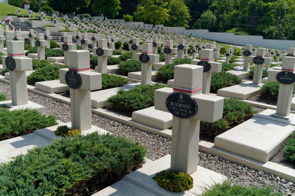 Groby Orląt Lwowskich