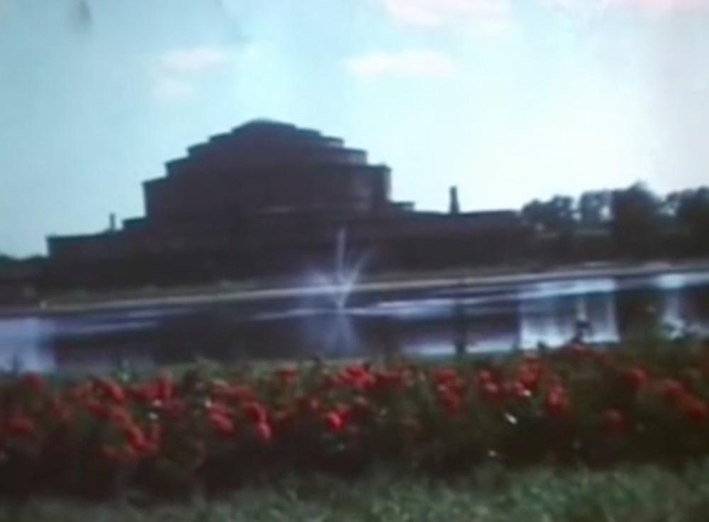 Dawniej Hala Ludowa, przed wojną Jahrhunderthalle, dziś znowu Hala Stulecia