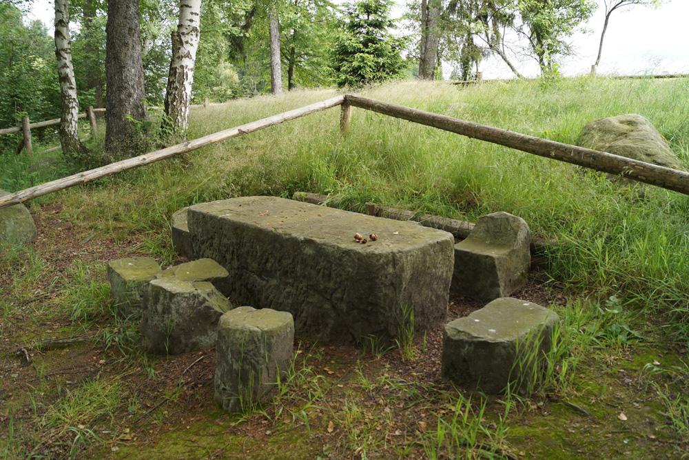 Średniowieczny stół sądowy