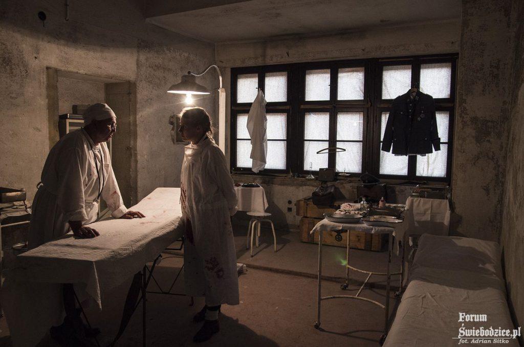 Szpital polowy zorganizowany na Zamku Książ - Foto: Adrian Sitko