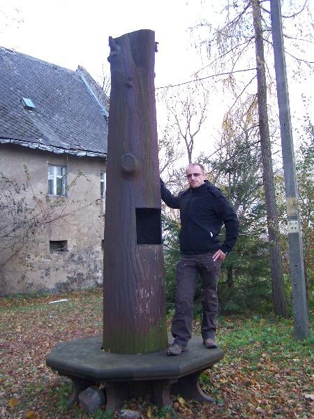 Żelazne drzewo Lipa Fryderyka - Foto: skayline