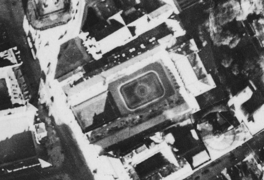 Pałac Prezydencki - Przedwojenna Warszawa na zdjęciach lotniczych z 1935 roku