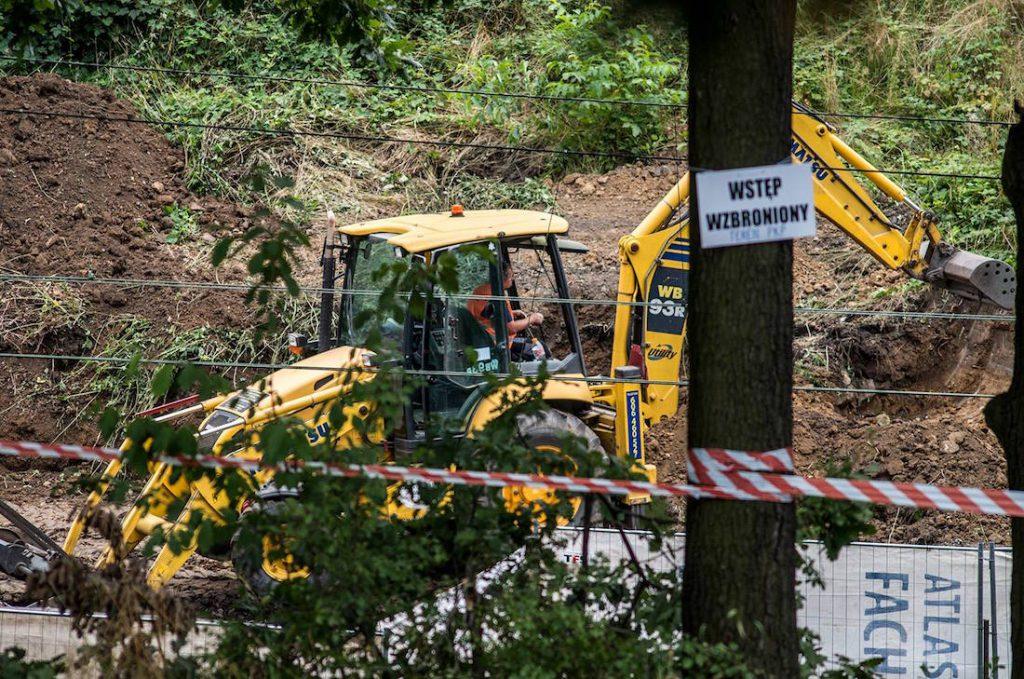 Odkopywanie Złotego Pociągu w Wałbrzychu - Foto: Adrian Sitko