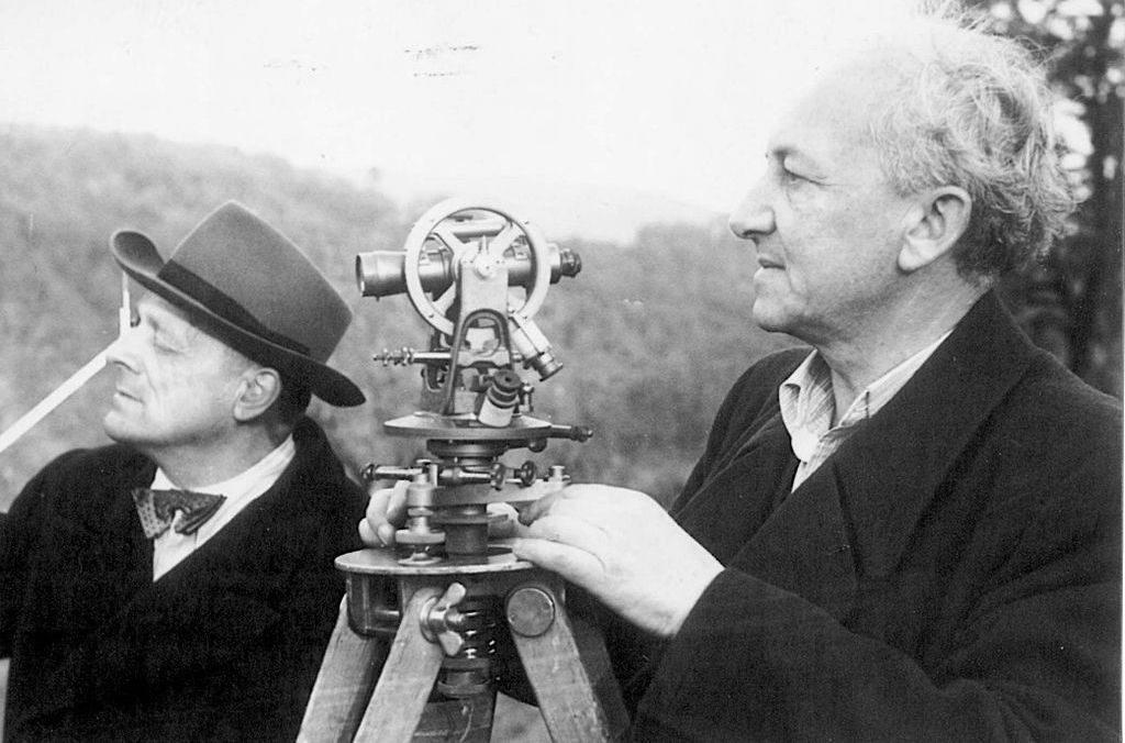 Inż. Hans Lorenz (po lewej stronie)