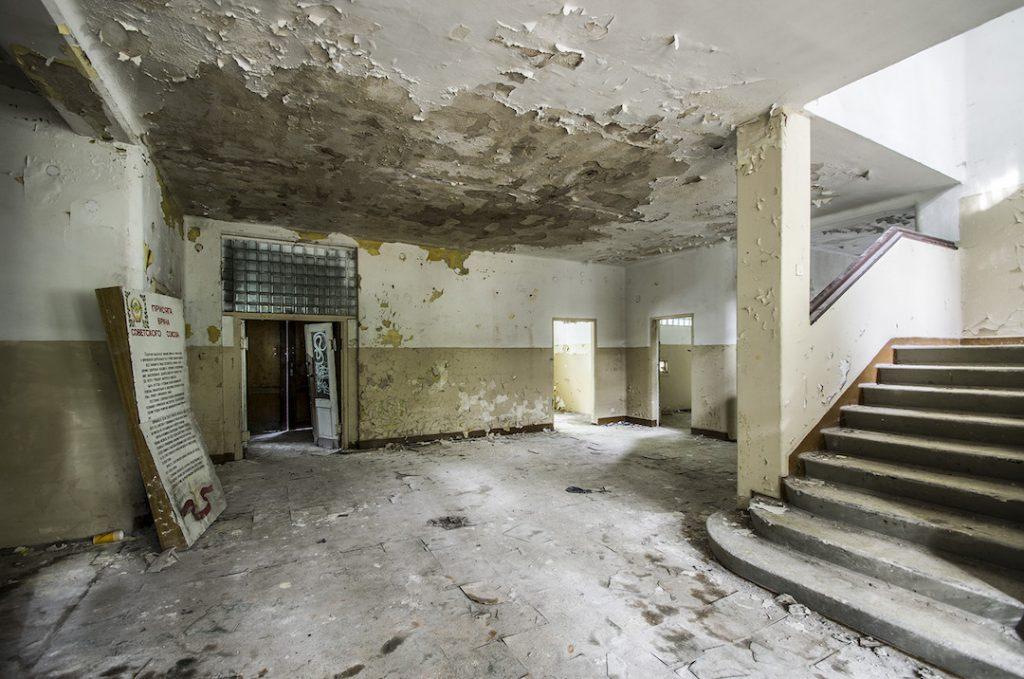 Główny hol, recepcja szpitala - Foto: Adrian Sitko