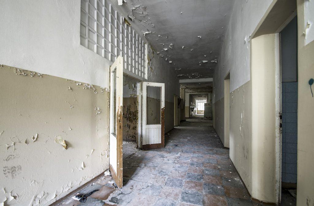 Szpital jest naprawdę ogromny, można się w nim łatwo zgubić - Foto: Adrian Sitko
