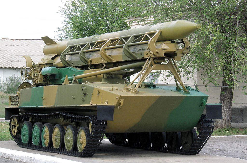 """Zestaw 2K6 """"Łuna"""" - Źródło commons.wikimedia.org Foto: Leonidl"""