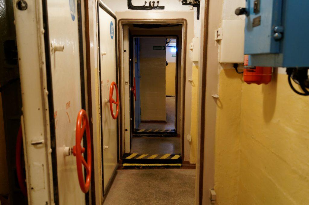 Pomieszczenia techniczne najczęściej oddzielane są za pomocą gazoszczelnych drzwi