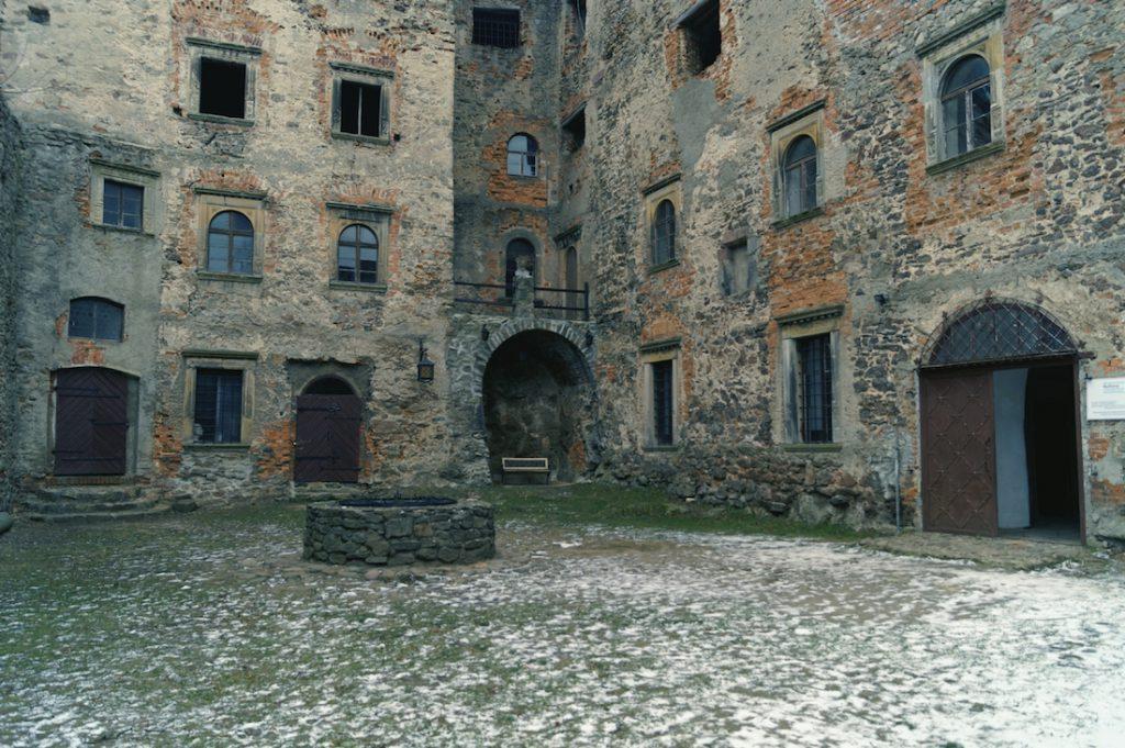 Górny dziedziniec na Zamku Grodno
