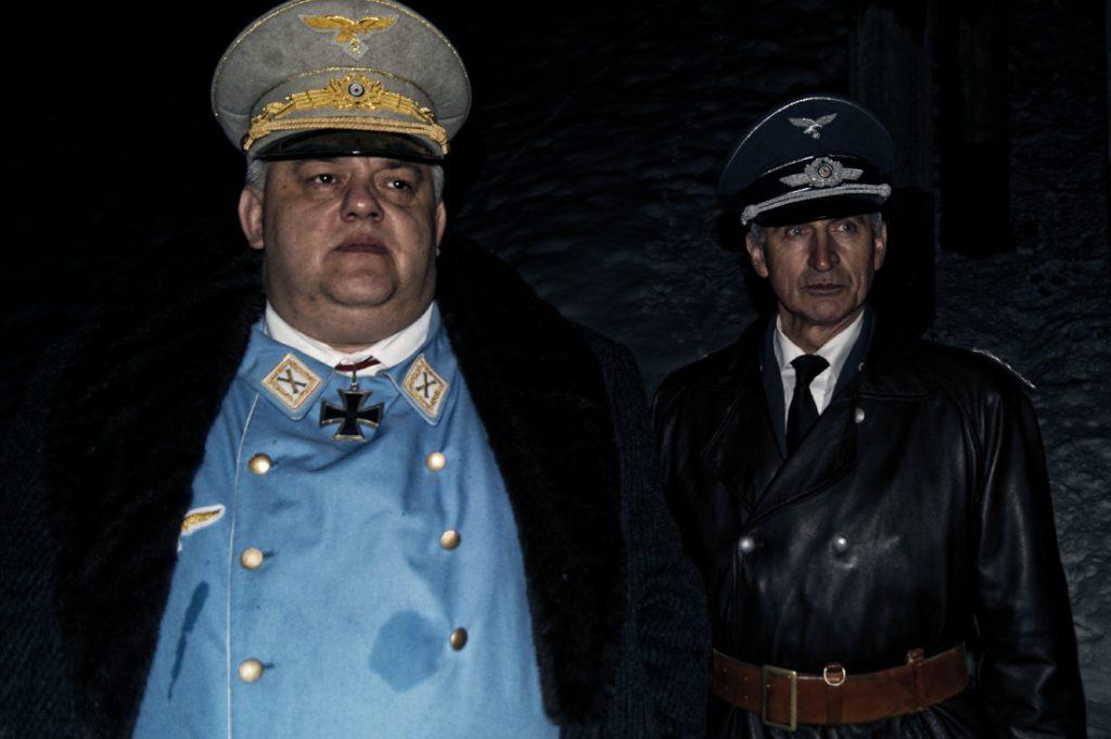 Hermann Göring przybył wraz z towarzyszącymi mu oficerami