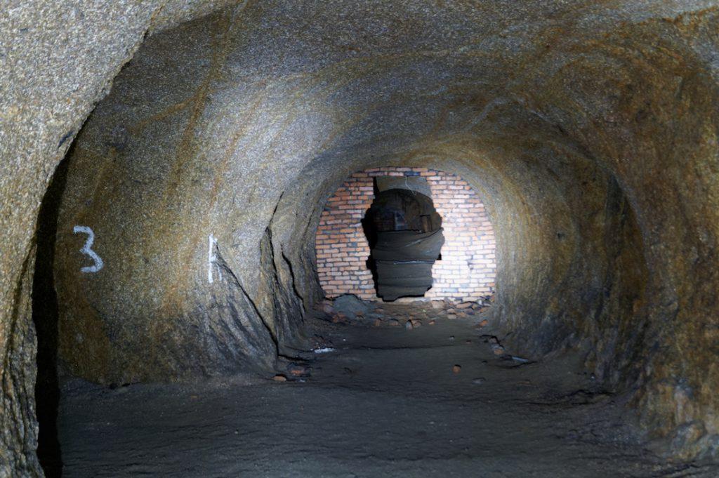 Jeleniogórskie podziemia pod Wzgórzem Kościuszki to dość gęsty labirynt korytarzy