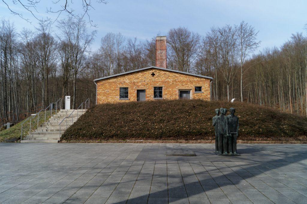 Zachował się również budynek krematorium