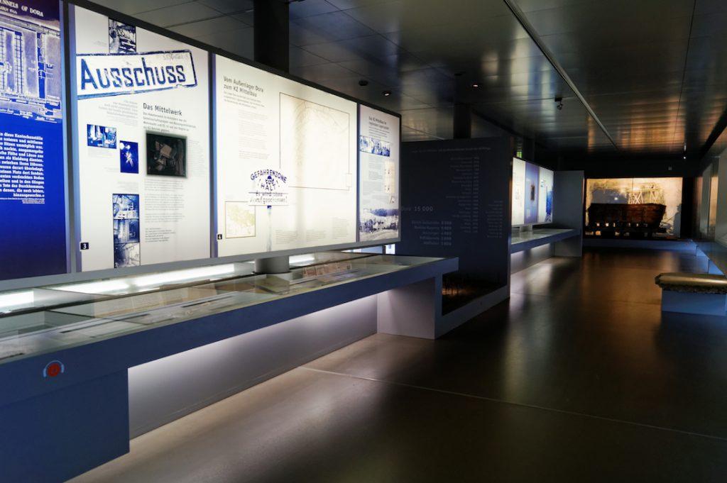 W budynku muzeum znajduje się nowoczesna wystawa