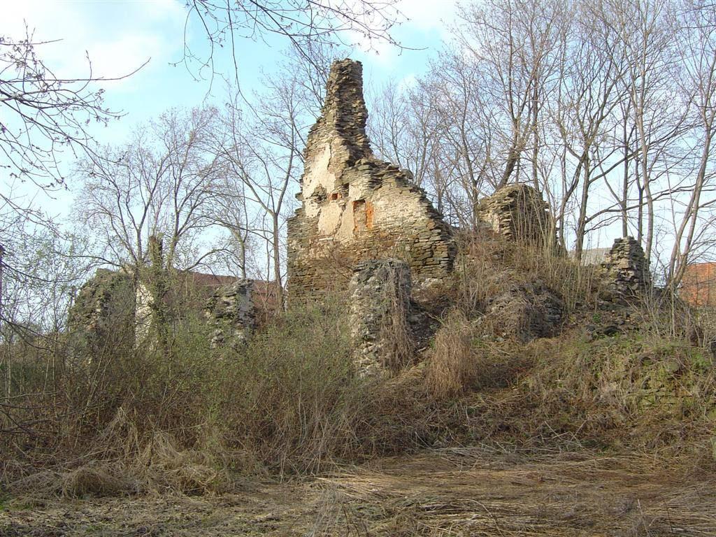 Zamek Kłaczyna - Foto: labiryntarium.pl