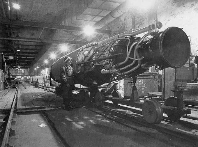 Jedna z na wpół gotowych rakiet odnalezionych przez Amerykanów - Źródło: U.S. Army