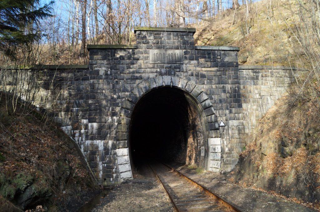 Jeden z tuneli pod Małym Wołowcem (Ochsenkopf-Tunnel)