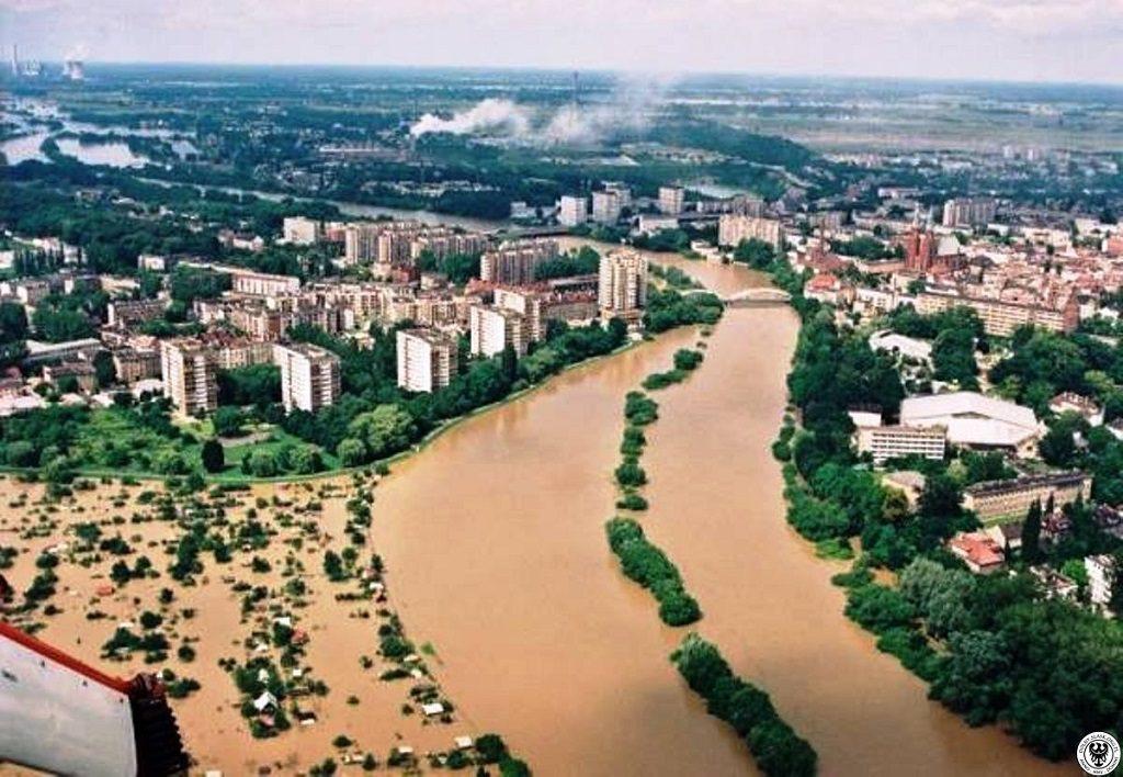 Powódź w Opolu - Źródło: dolny-slask.org.pl