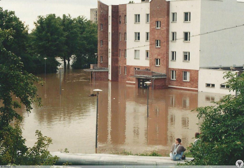Powódź w Opolu - Ul. Hallera - Źródło: dolny-slask.org.pl