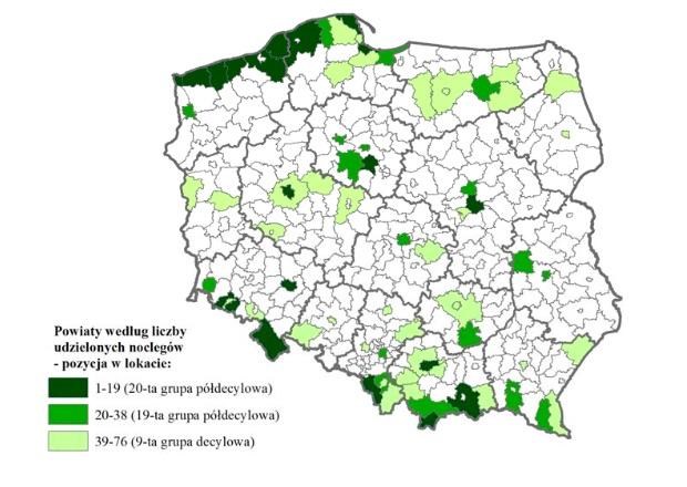 Lokalizacja powiatów i miast na prawach powiatu z górnej grupy kwintylowej lokaty według liczby noclegów udzielonych turystom w turystycznych obiektach noclegowych w 2016 r. - Źródło: GUS