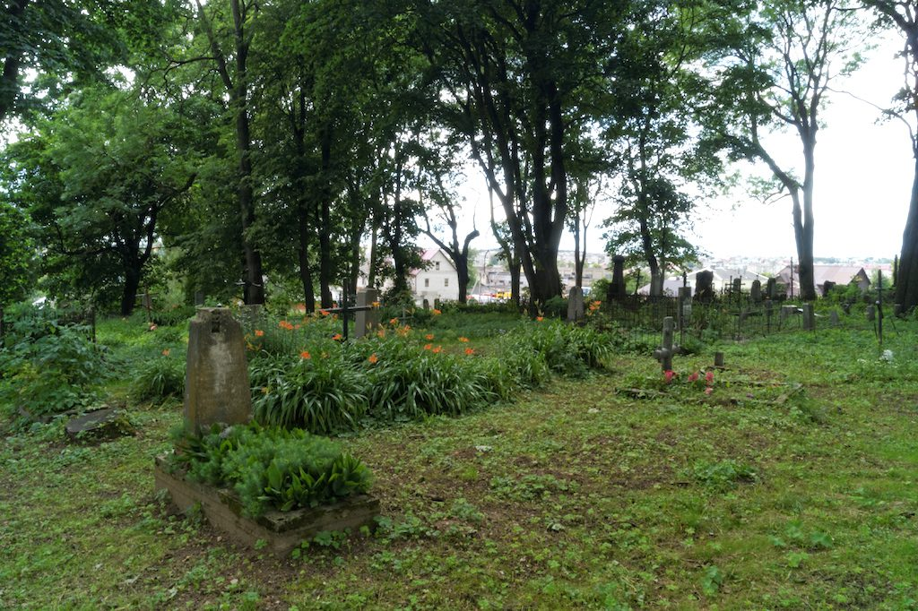 Jeden z katolickich cmentarzy w Nowogródku