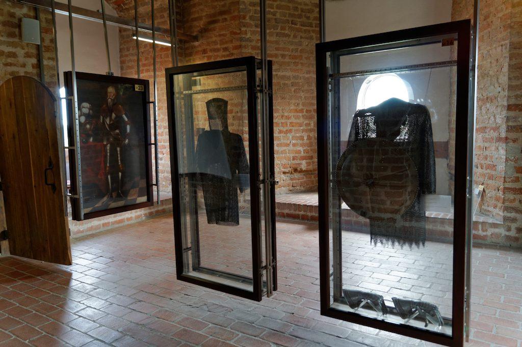 Wnętrza zamkowych wież skrywają ekspozycje