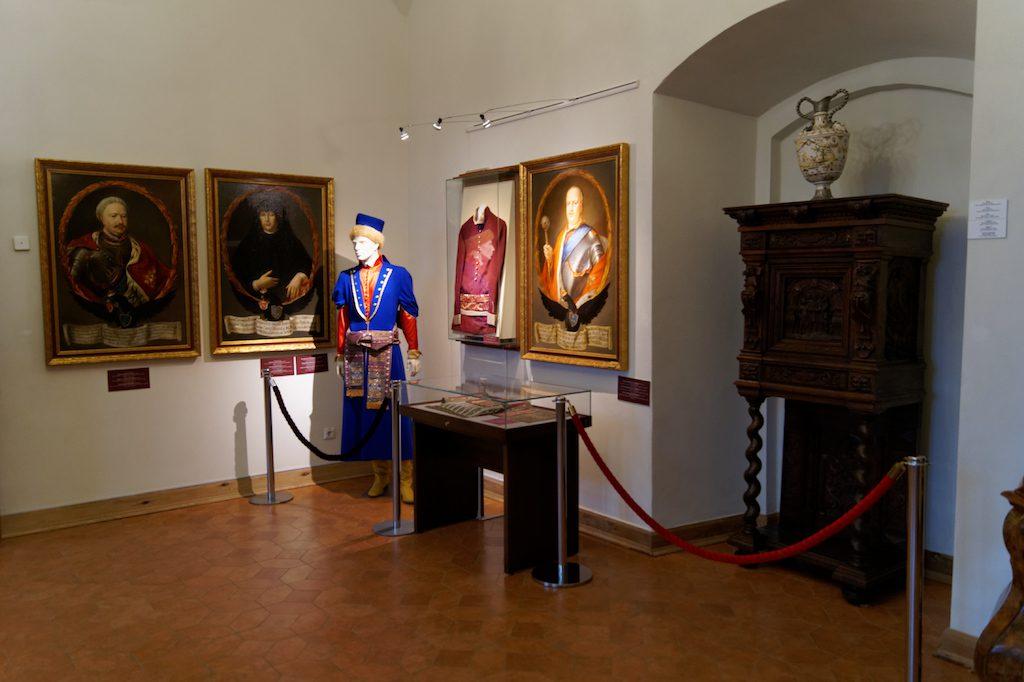 Wystawy na zamku w Mirze odwołują się do historii Wielkiego Księstwa Litewskiego