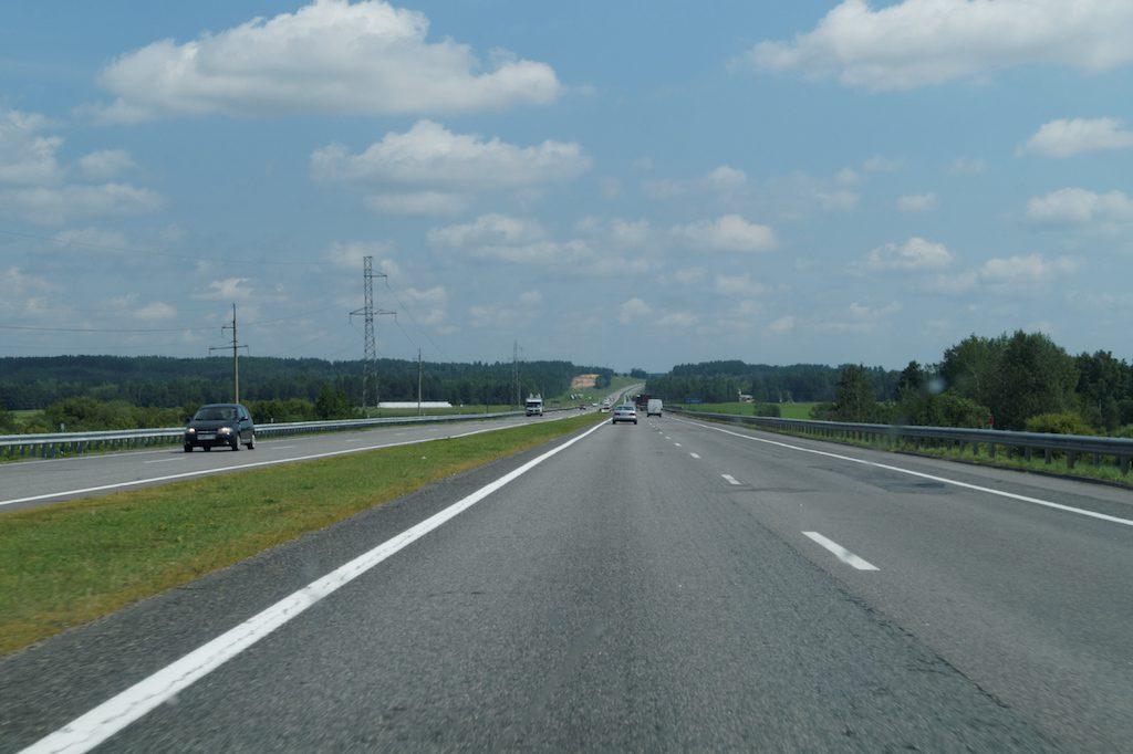 Autostrady i niektóre drogi szybkiego ruchu są płatne na Białorusi
