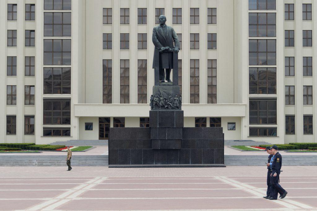 Wzmożone patrole milicji i OMONu widzieliśmy tylko w Mińsku