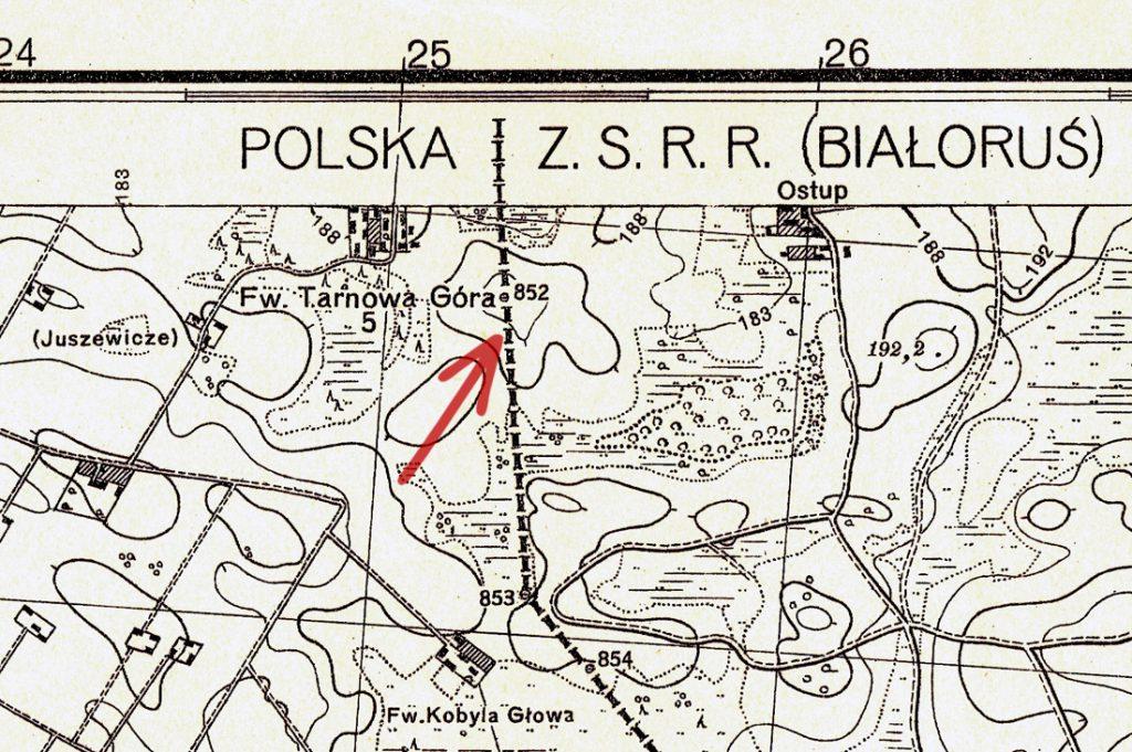 Miejsce wykonania zdjęć - W tym miejscu przed wojną przebiegała granica II Rzeczpospolitej (przerywana linia)