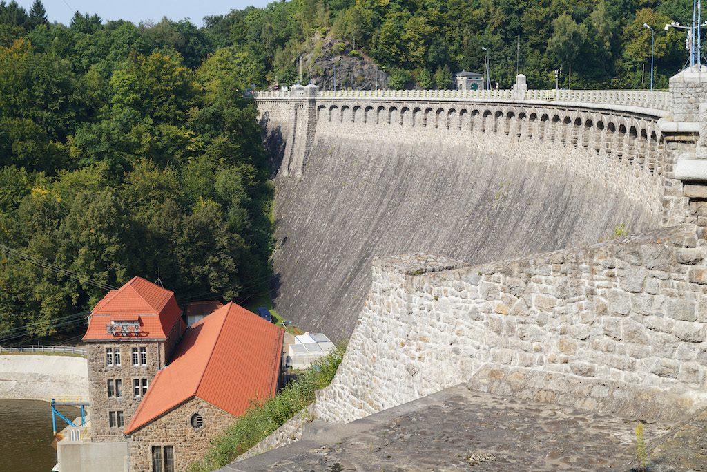 Zapora w Pilchowicach - Największa zapora na Dolnym Śląsku, druga co do wielkości w Polsce