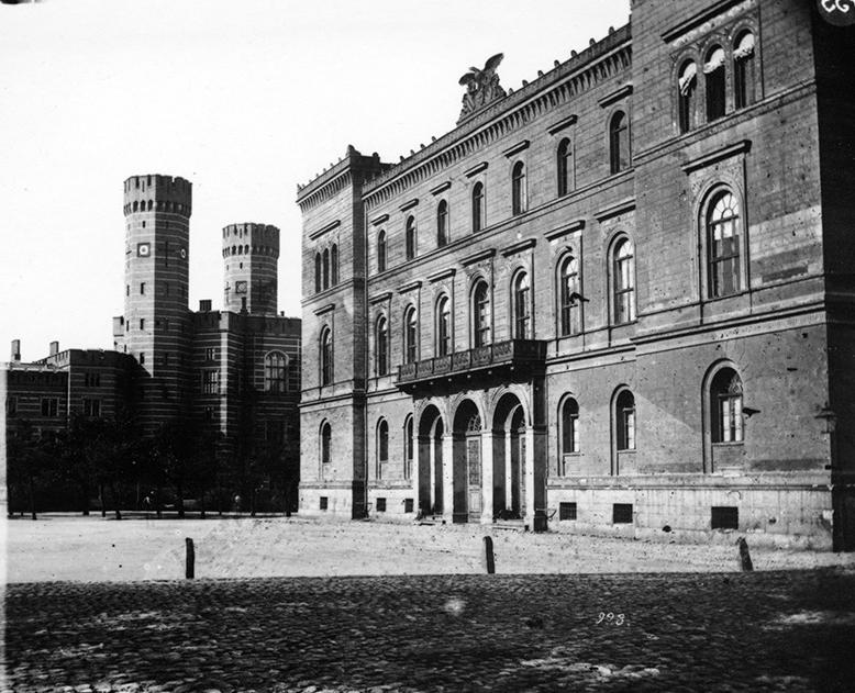 Śląskie Muzeum Rzemiosła Artystycznego i Starożytności (nie istnieje) - Hermann Krone, po 1863 roku