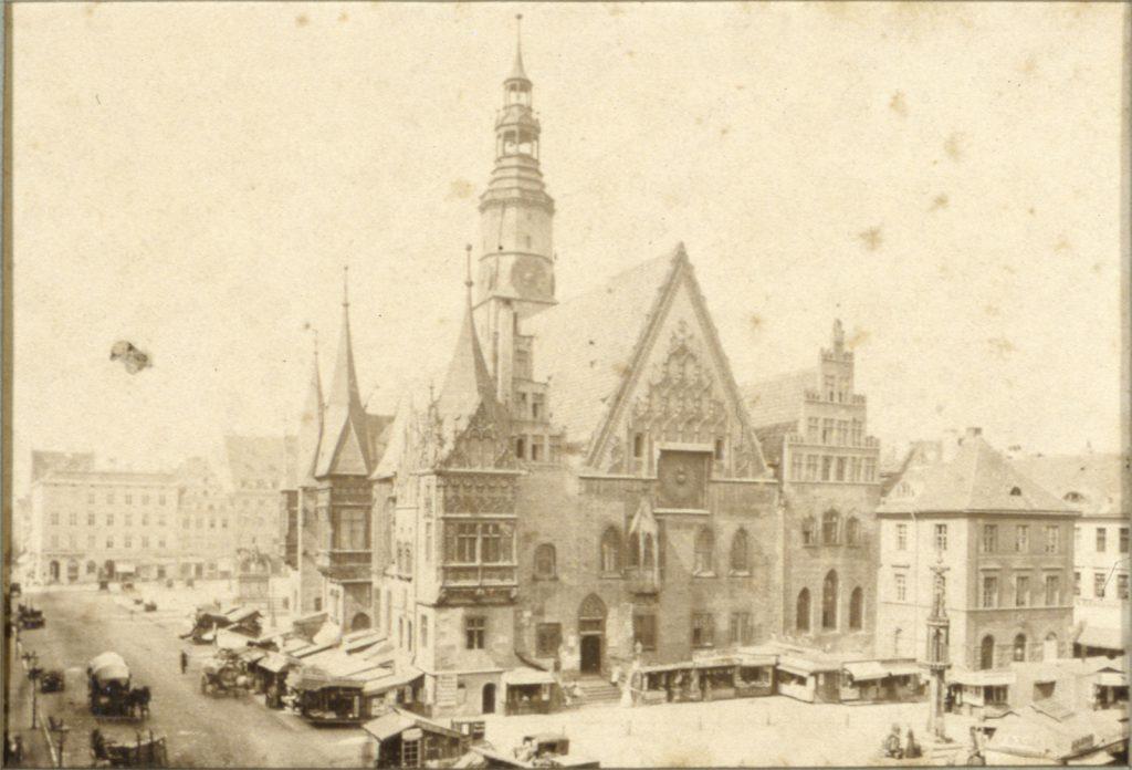 Rynek i Stary Ratusz we Wrocławiu - Hermann Krone, 1865 rok