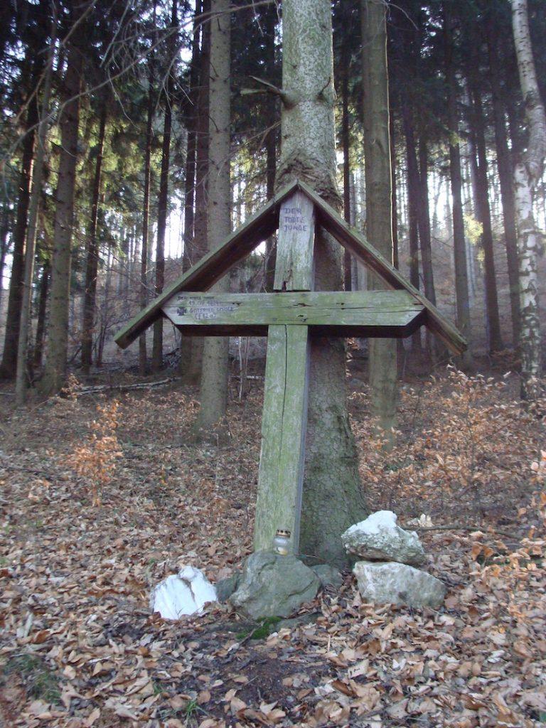 Krzyż Martwego Młodzieńca (Der tote Junge) koło Lutomi Górnej