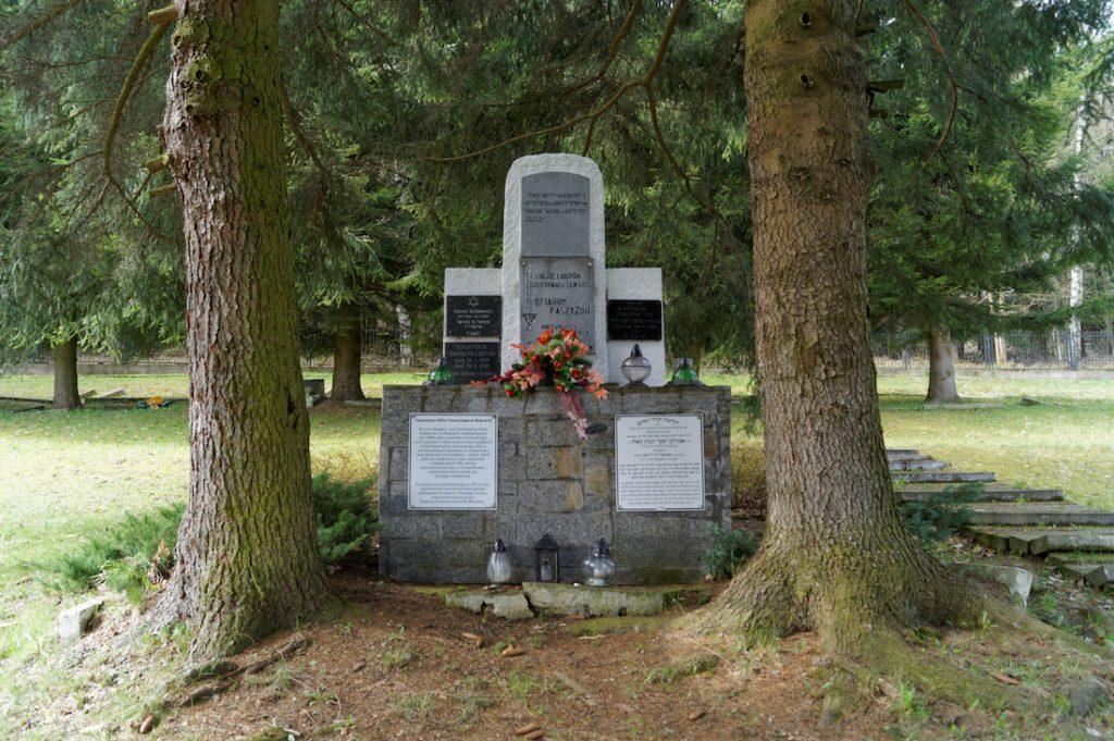 Cmentarz Ofiar Faszyzmu w Kolcach - 10 miejsc pamięci na Dolnym Śląsku