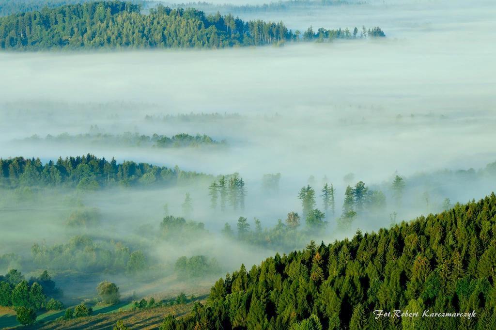 Krzyżna Góra, Rudawy Janowickie, widok o poranku - Foto: Robert Karczmarczyk