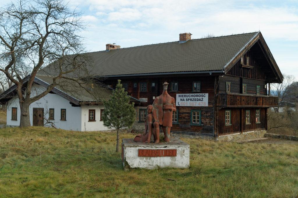 Dom tyrolski w Mysłakowicach przy ul. Starowiejska