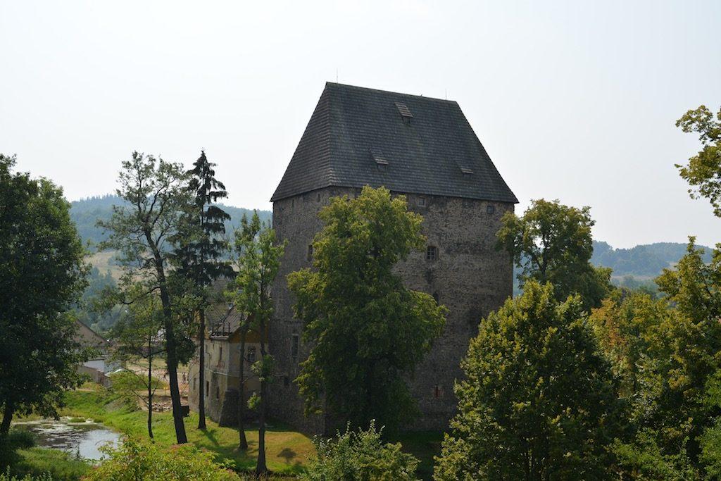 Wieża w Siedlęcinie, widok od zachodu – Fot. Darek Sekuła sekulada.com