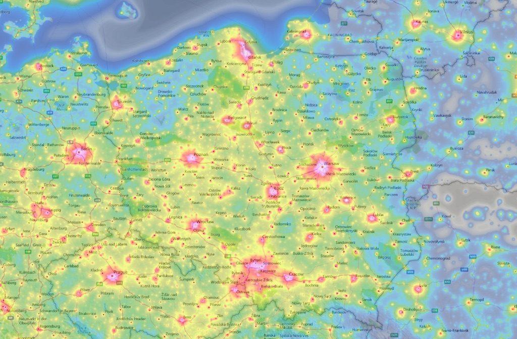 Obszary Polski zanieczyszczone światłem – Źródło: www.lightpollutionmap.info