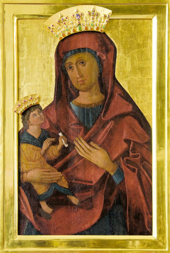 W centralnej części ołtarza znajduje się ikona Łaska Świętej Maryi – Źródło: www.opactwo.eu