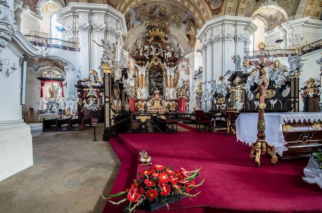 Wnętrze bazyliki – Foto: Adrian Sitko