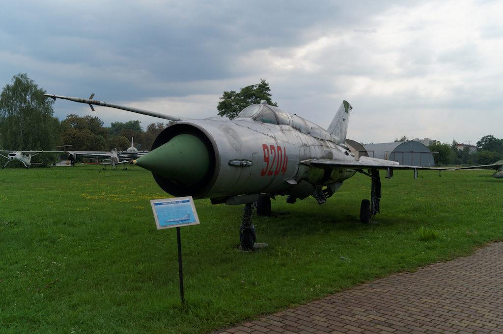 Samolot produkcji radzieckiej MiG-21 Bis – MiGi-21 stanowiły dawniej trzon polskiego lotnictwa myśliwskiego